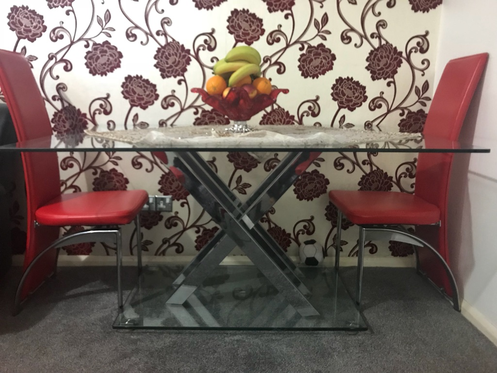 Dining and coffee table
