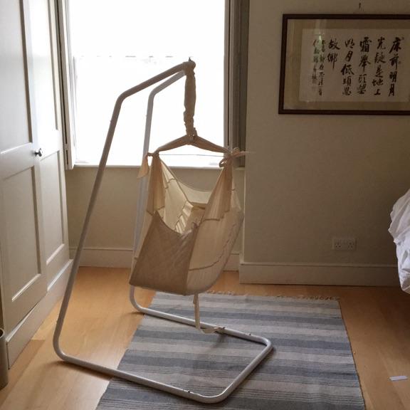 Pocco baby hammock in raw cotton