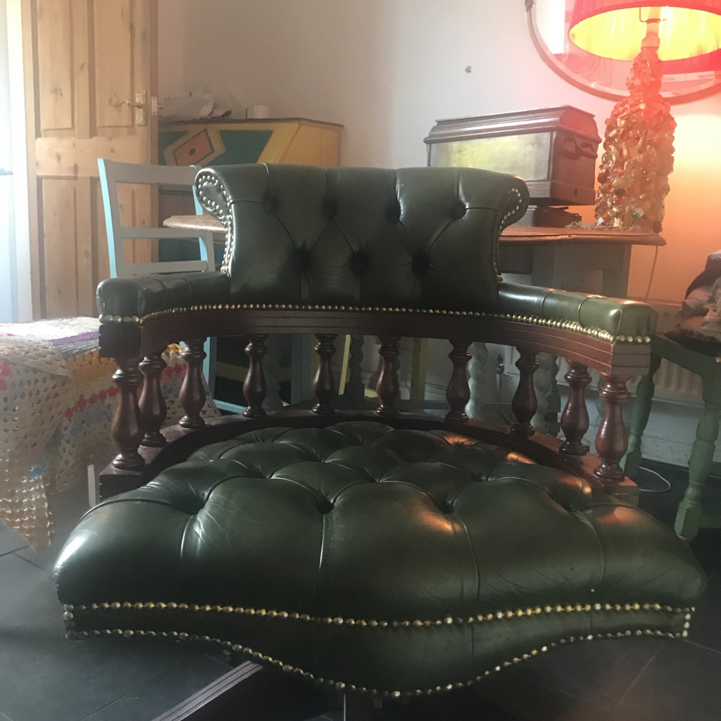 Chesterfield Chair - green