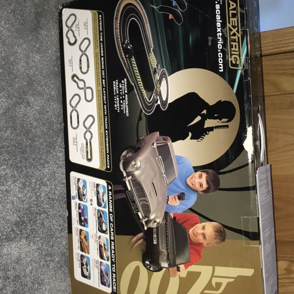 Sky fall 007 scalextric
