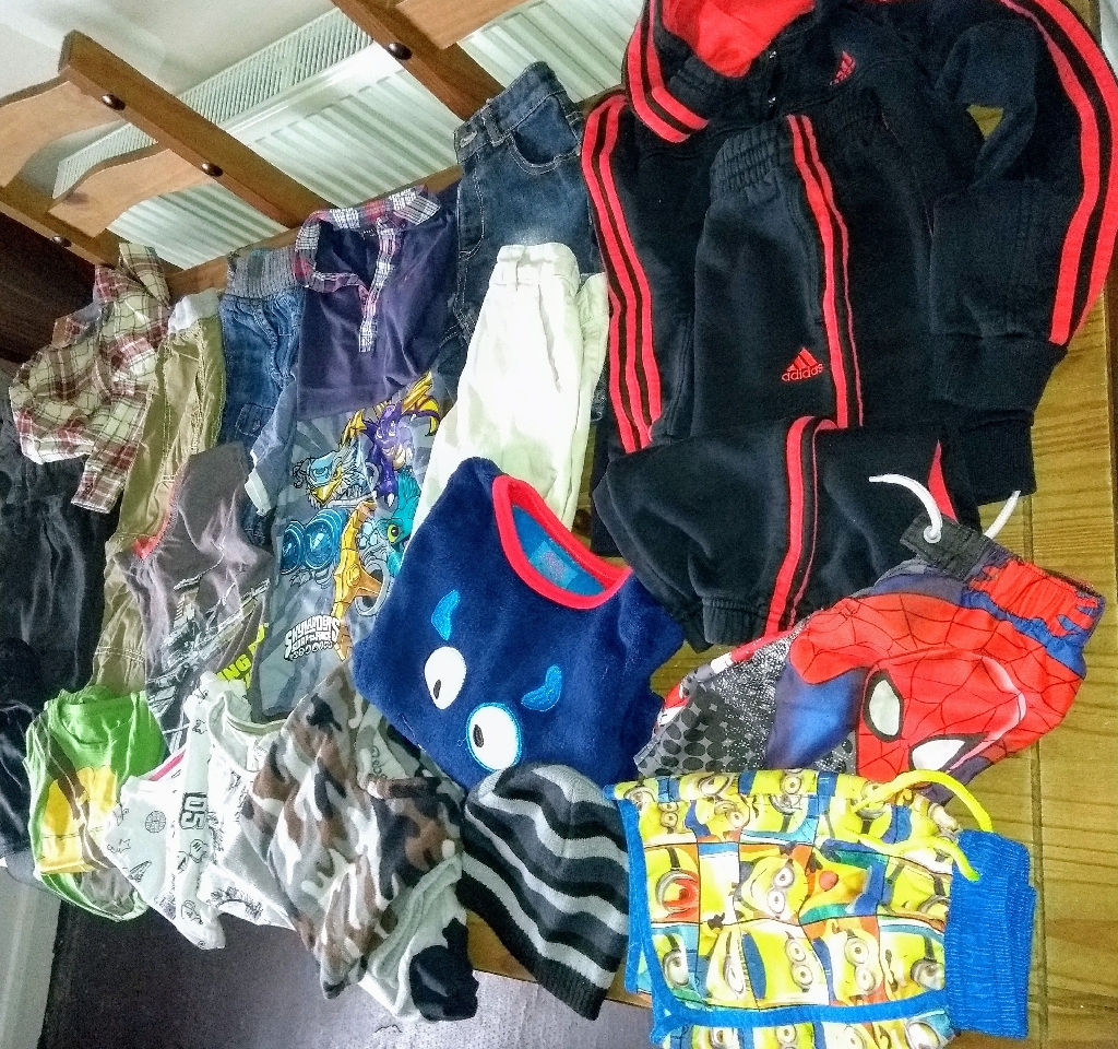 Mixture of boys clothing, 6/8 yrs