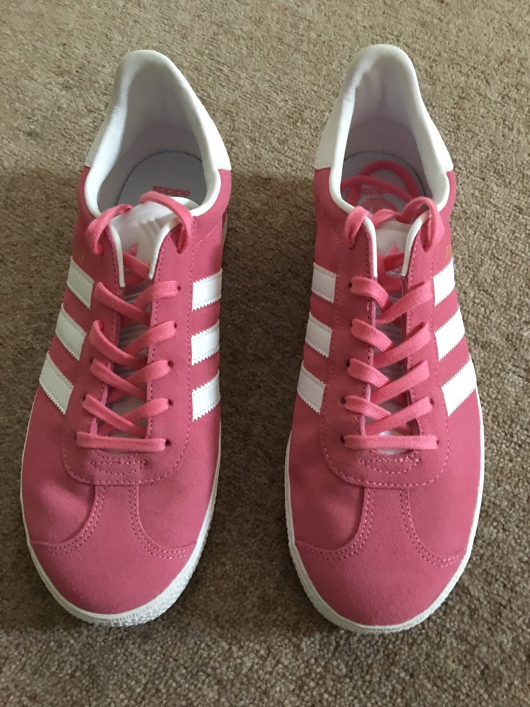 Brand new Adidas Gazelle Ladies Trainers Size 6.5