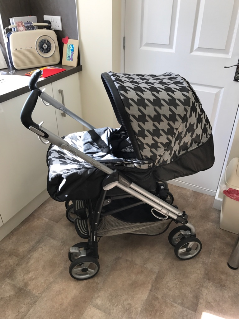 Mamas and papas pilko switch travel system