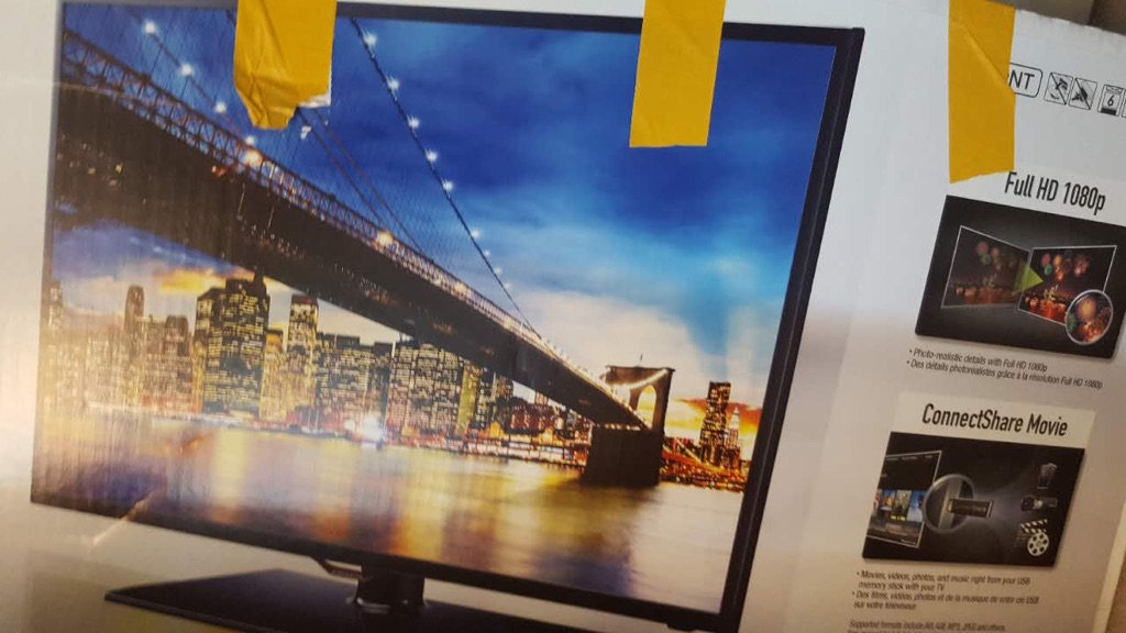 "Samsung 42"" led smart TV"