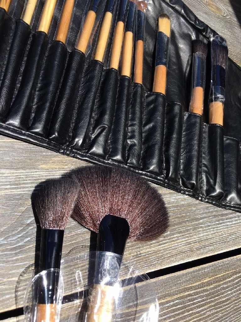 24 bamboo brush kit