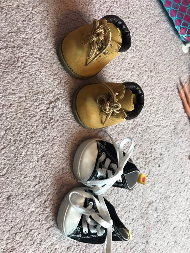 Boys build a bear bundle, clothes & shoes