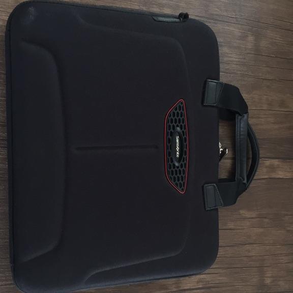 Samsonite 15-16inch laptop bag