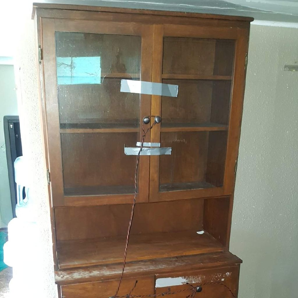 PROJECT CHINA HUTCH