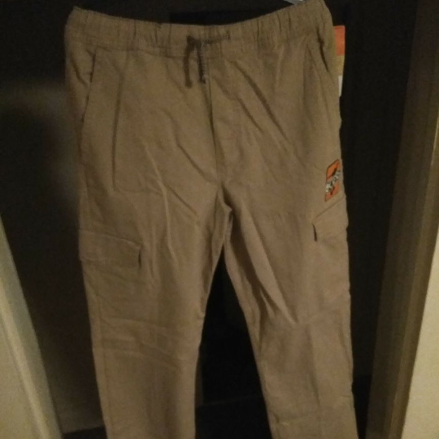 Tan cargo pants size 16/18