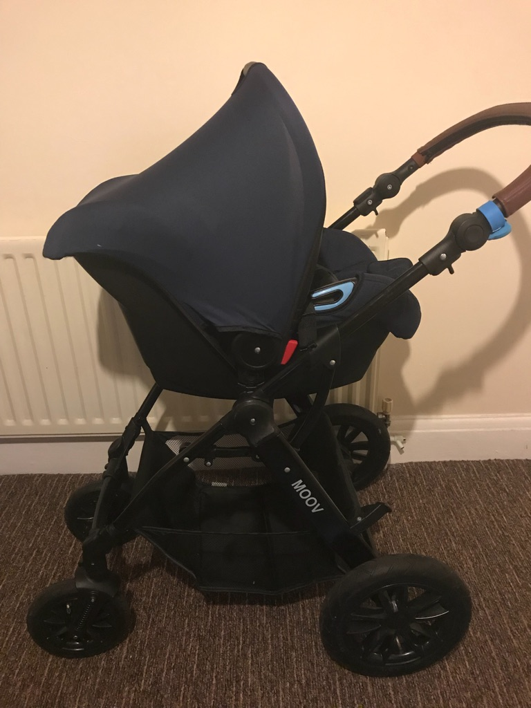 Kinderkraft pushchair and car seat