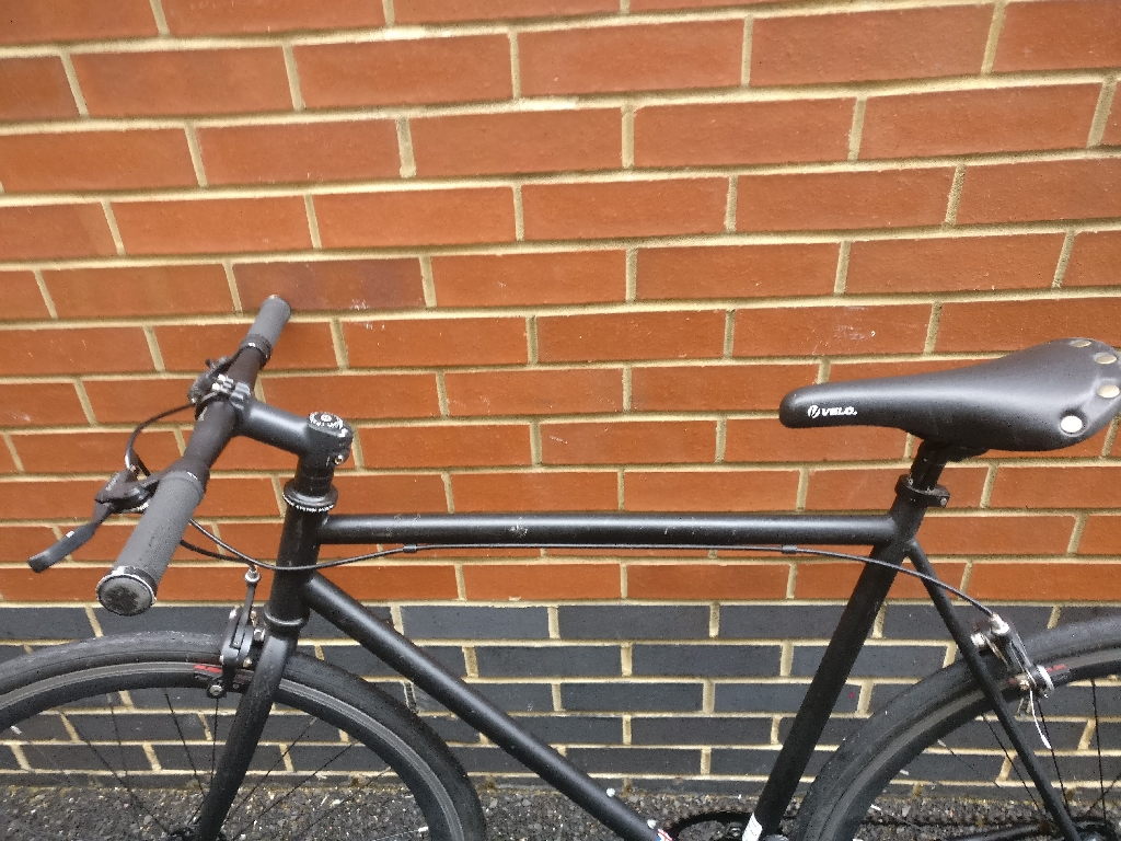 BLACK SINGLE SPEED BIKE