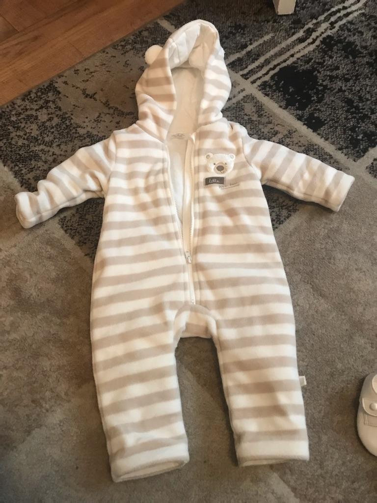 Cream snow suit