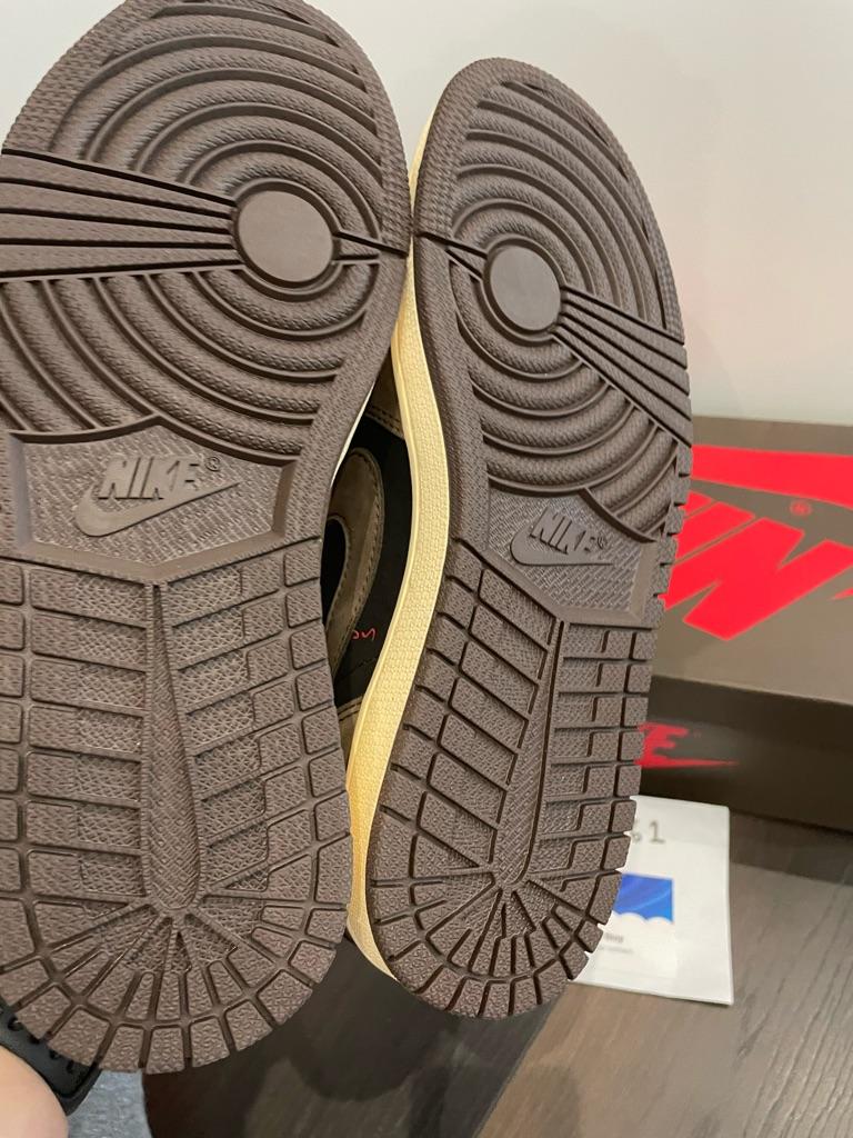 Nike Air Jordan 1 Low Travis Scott UK7 or UK9