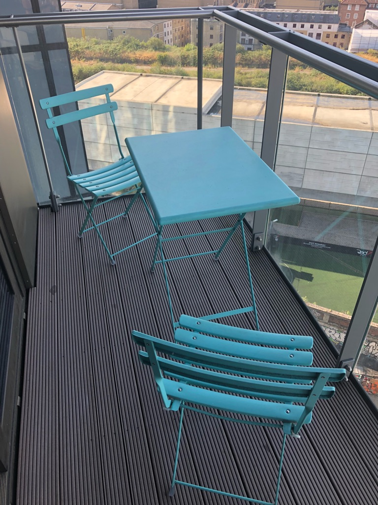 Garden/balcony blue table and chairs