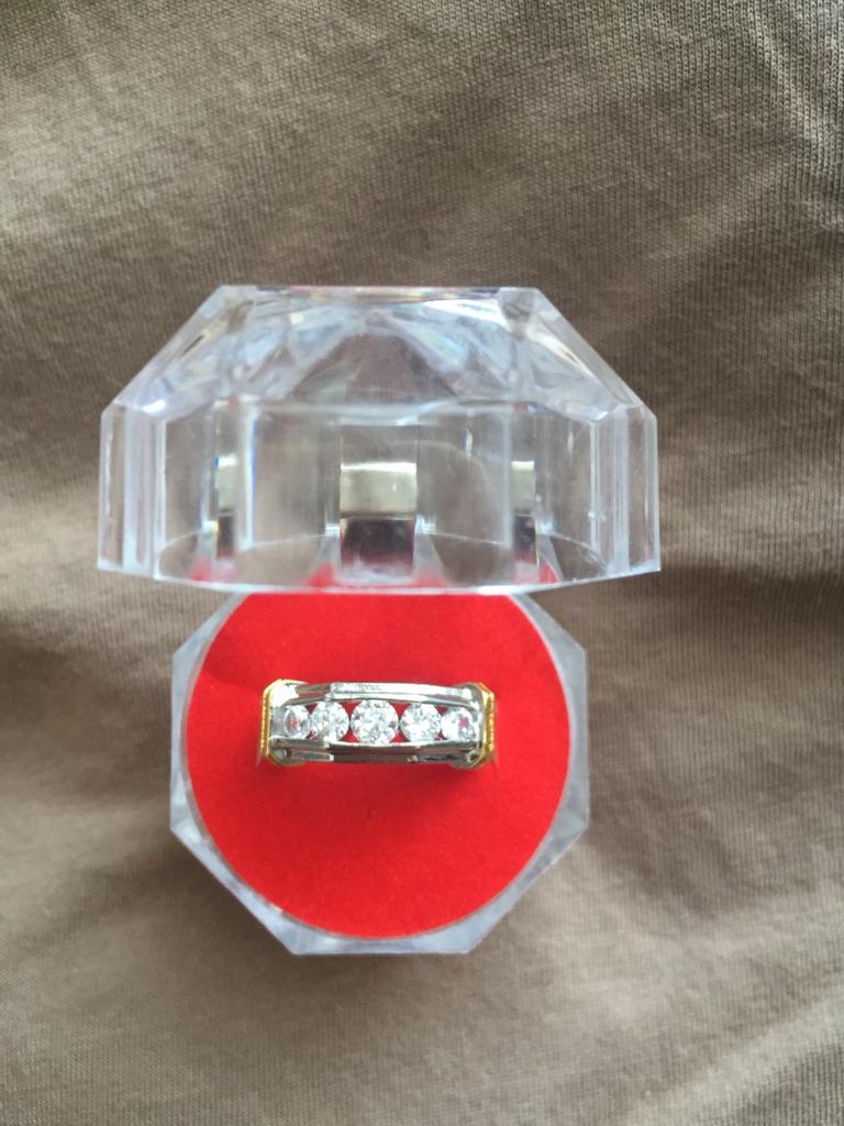 Unisex ring size 6
