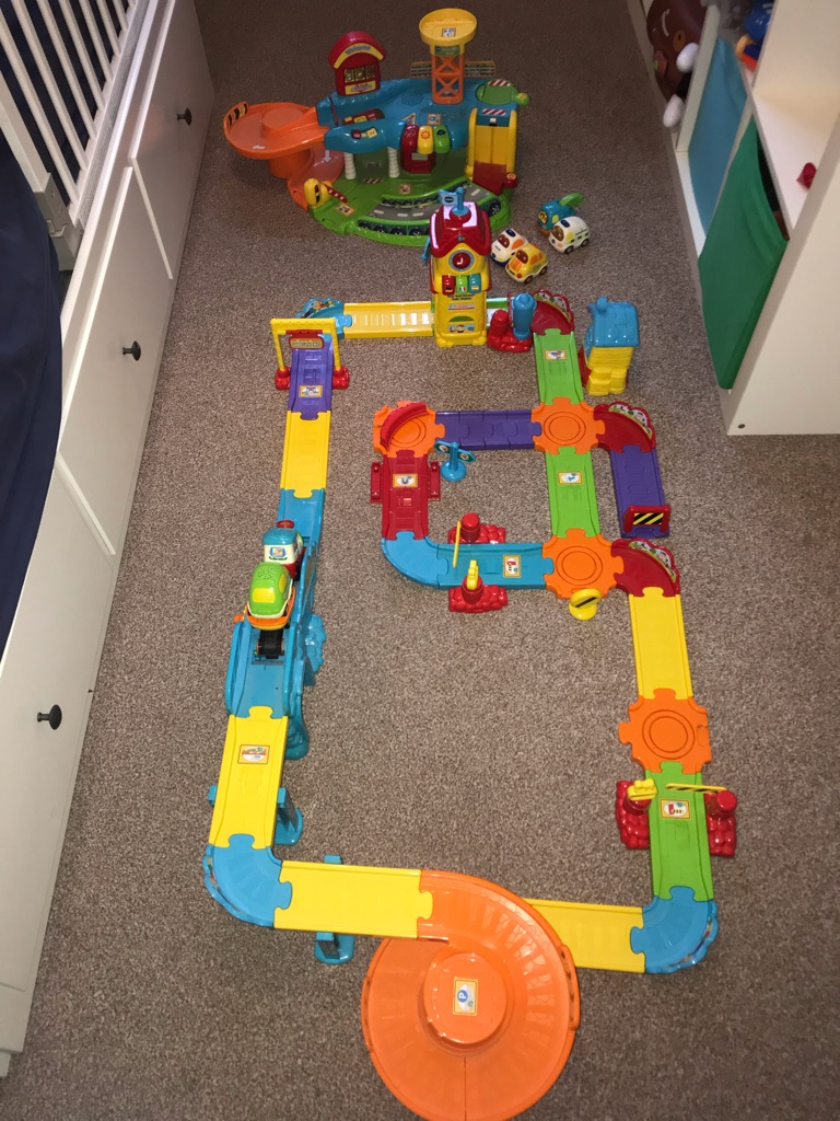 VTech Baby Toot-Toot Train set and Drivers garage
