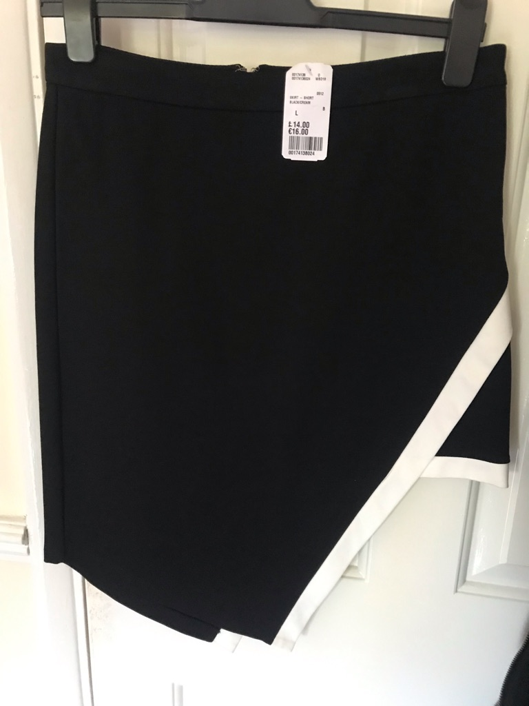 NEW WITH TAG BLACK/WHITE ASYMMETRIC SKIRT