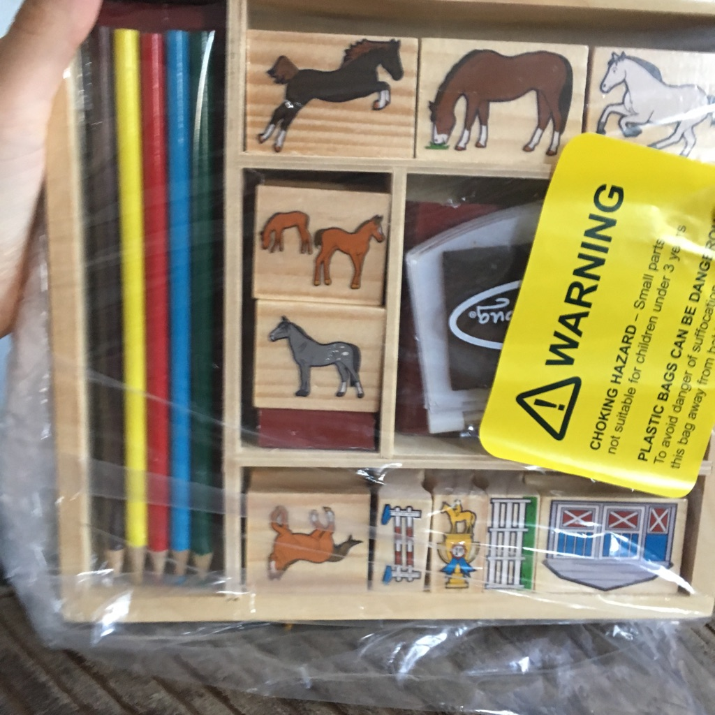 Children's 10 horse stamps and colouring pencils