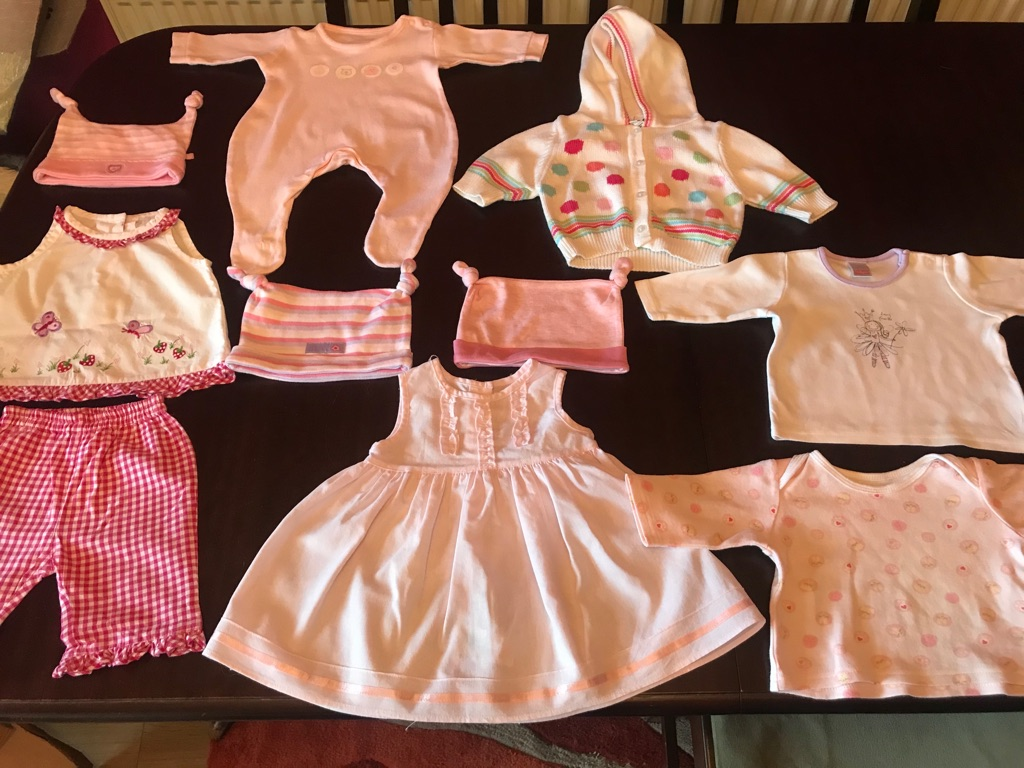 A Wonderful Bundle Of Girls/ Baby Clothes age newborn, 10 items
