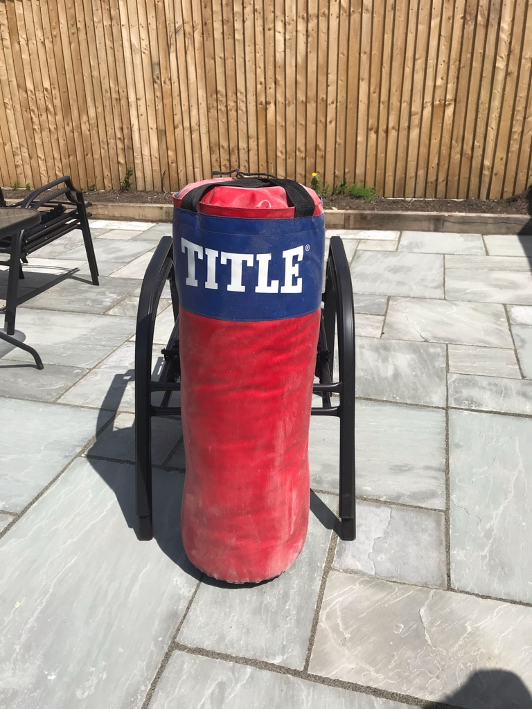 Title Punch Bag with gloves