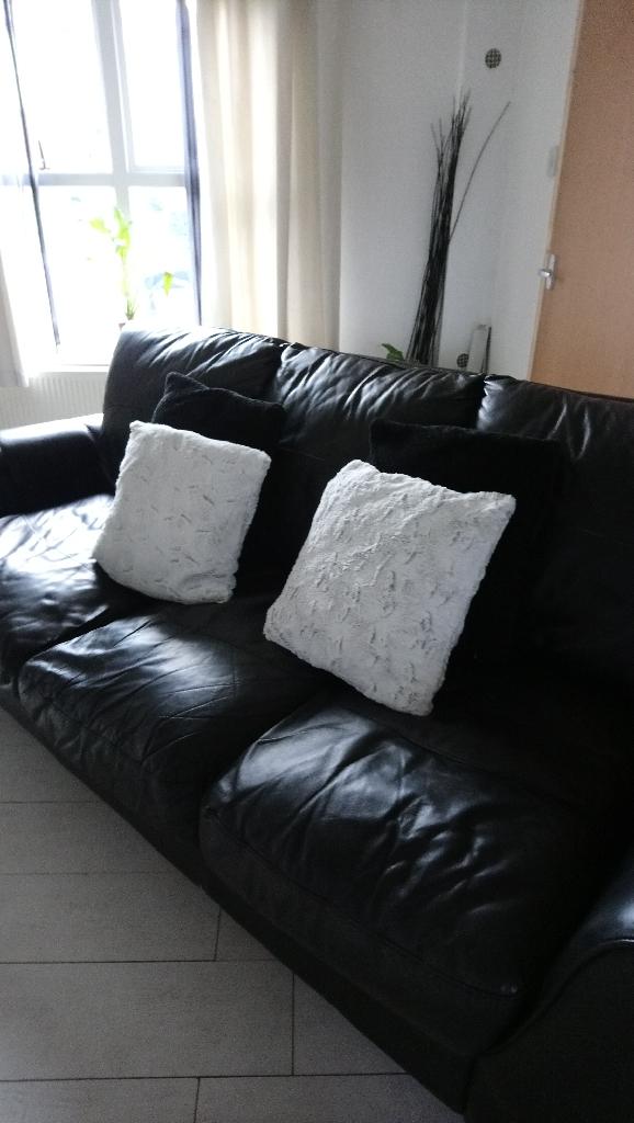 Black large 3 Seater Leather Sofa