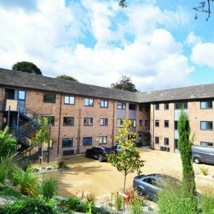 1 Bed Fully Furnished Flat, Bills Included in Wooburn