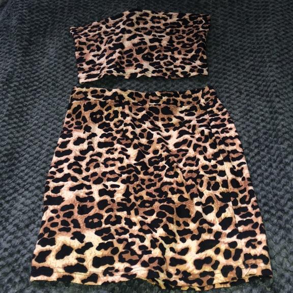 Two piece leopard print set