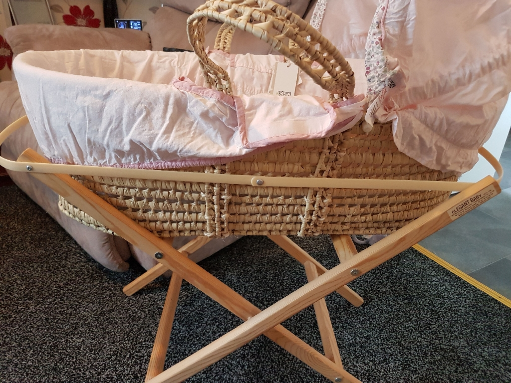 Moses basket nd stand s