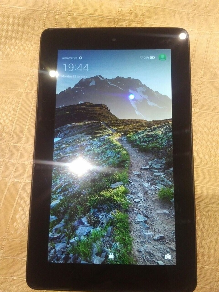 Amazon tablet 8GB only WiFi