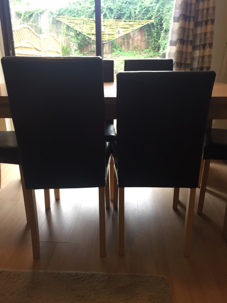 Dining table & 6 + 1 leather effect chairs