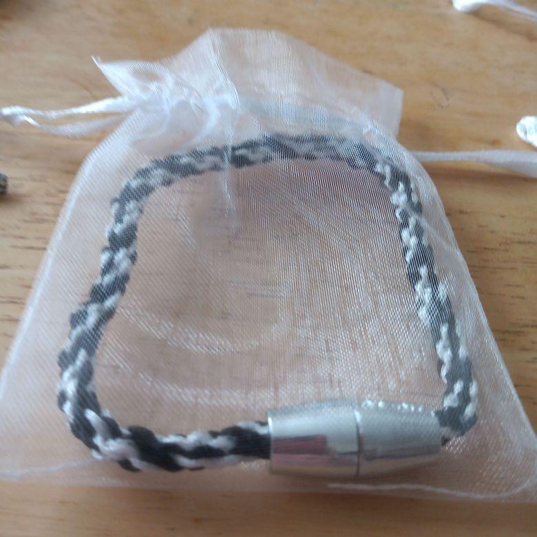 Zambia bracelet with gift bag