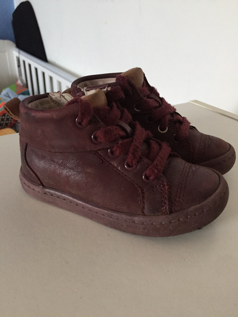 Girls Clark's shoes infant 5 1/2 G