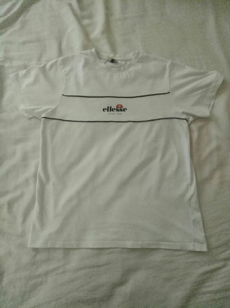 Ellesse T Shirt ***FREE FREE FREE***