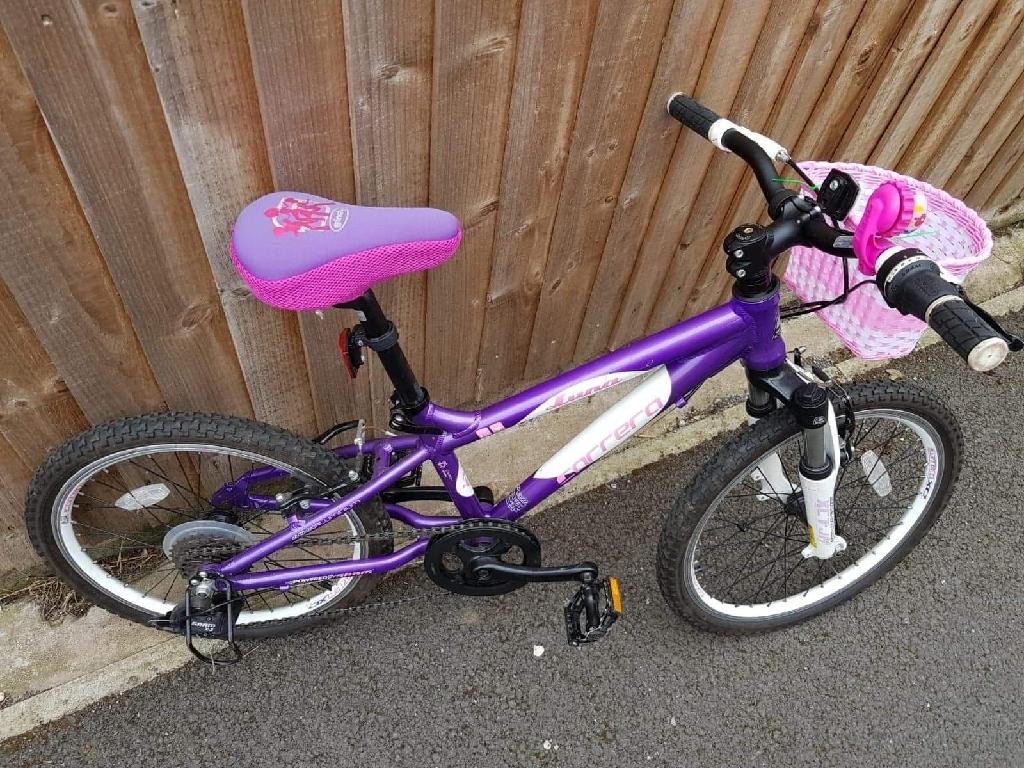 Bicykle  aluminium for girl 6-10 years very good vondition