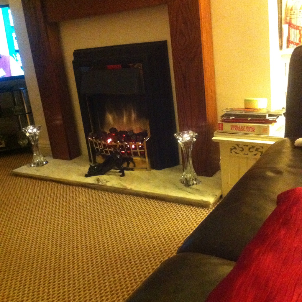 FIRE SURROUND+ELECTRIC  FIRE