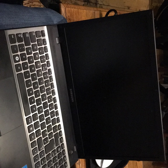 Samsung Notebook NP300V5A