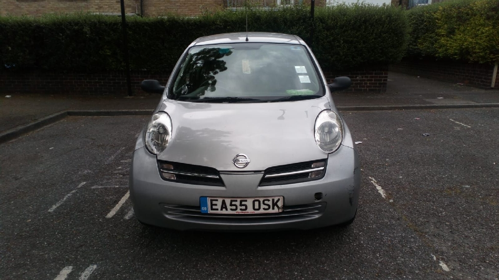 Nissan micra 2005 silver