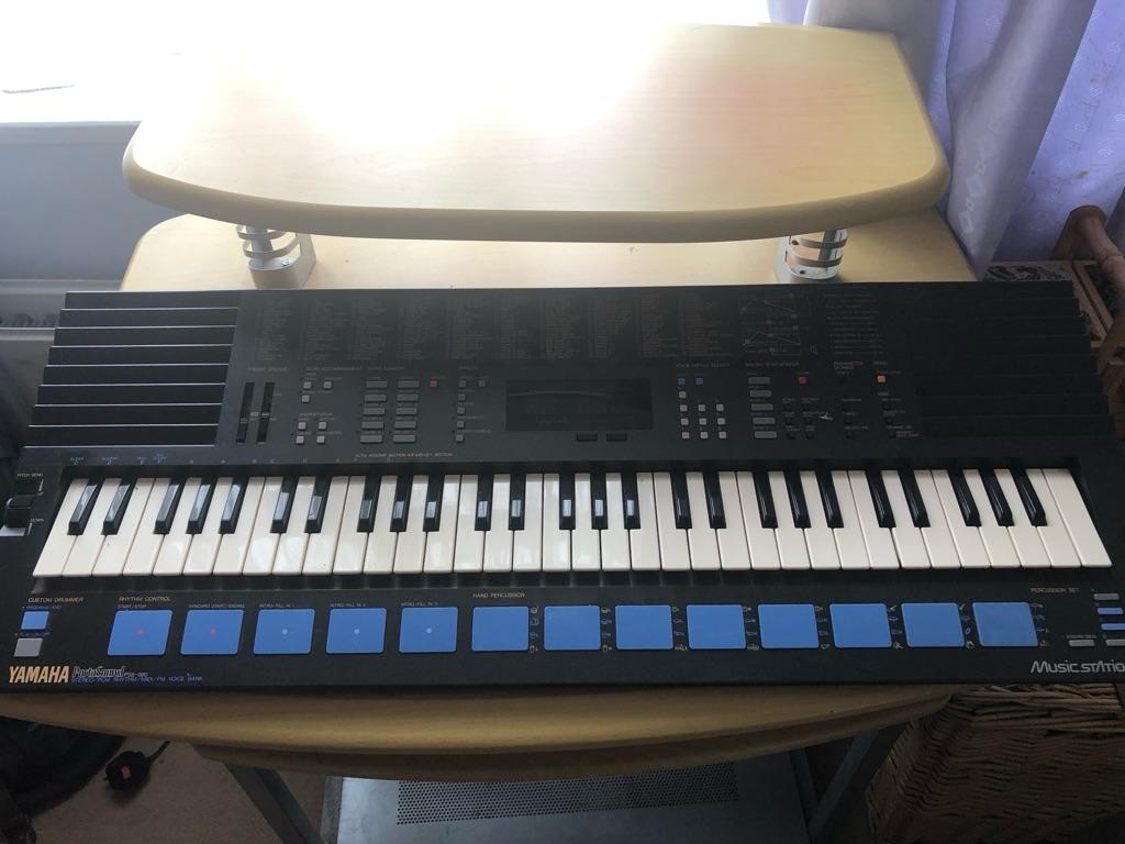 Yamaha Portasound Keyboard