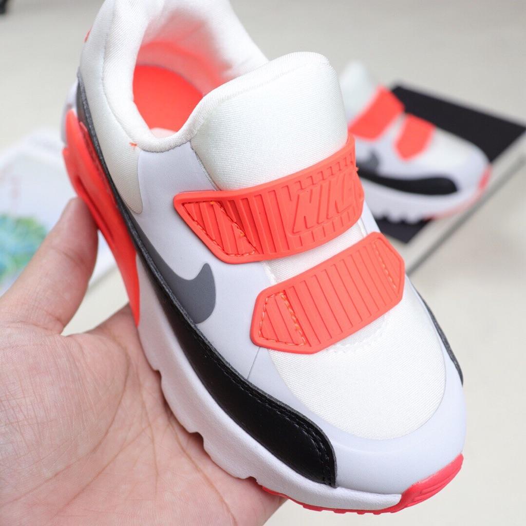 Nike Air Max Tiny 90小童運動鞋