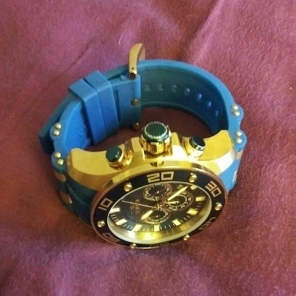 Invicta pro diver chronograph watch
