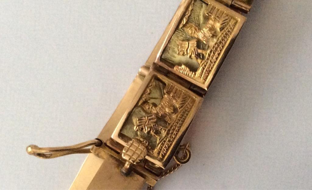 Gold Bracelet 3D Architectural Art