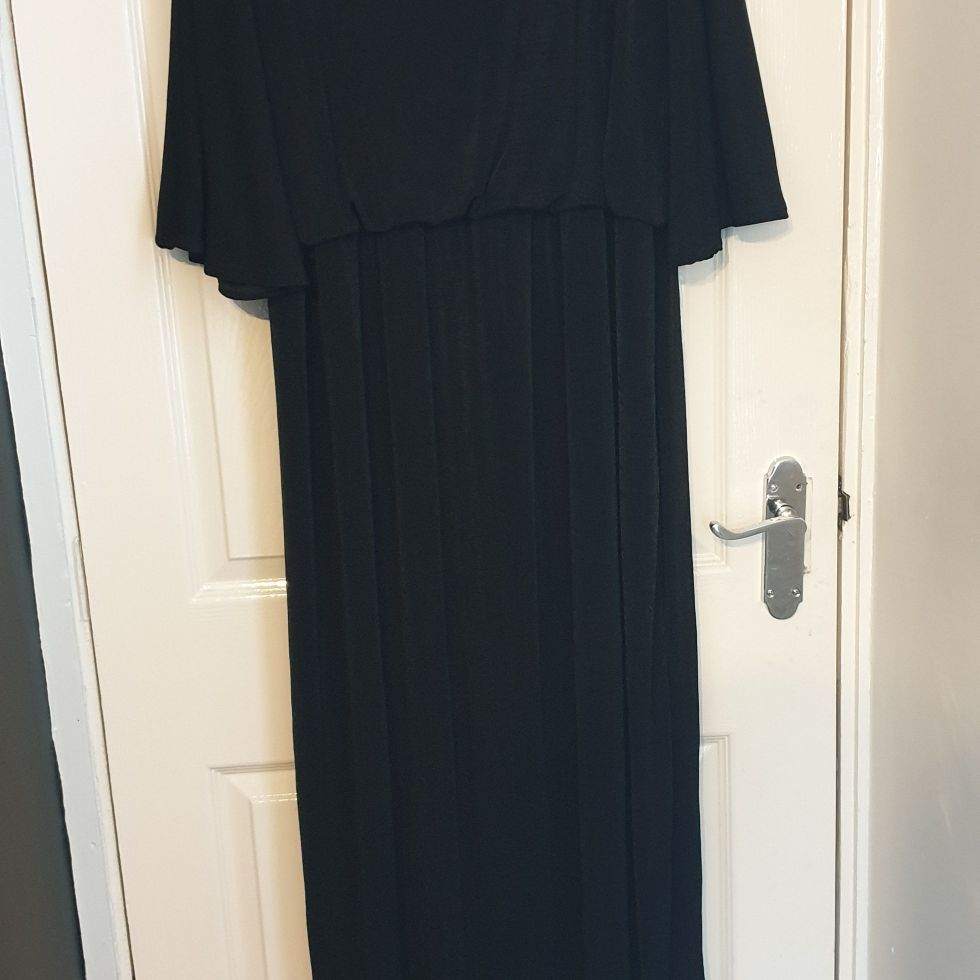 Black maxi Dress size 26-28