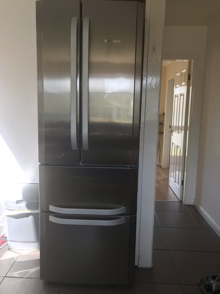 Hotpoint air tech revolution large fridge freezer