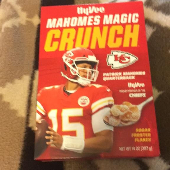 Mahomes magic crunch cereal
