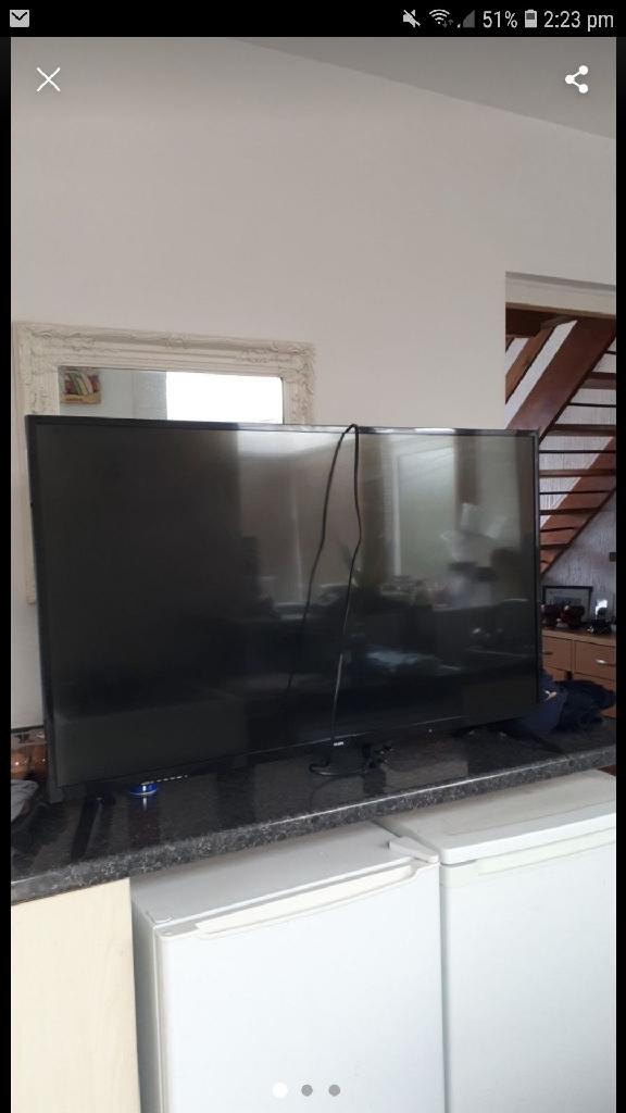 43 inch phillips full HD TV