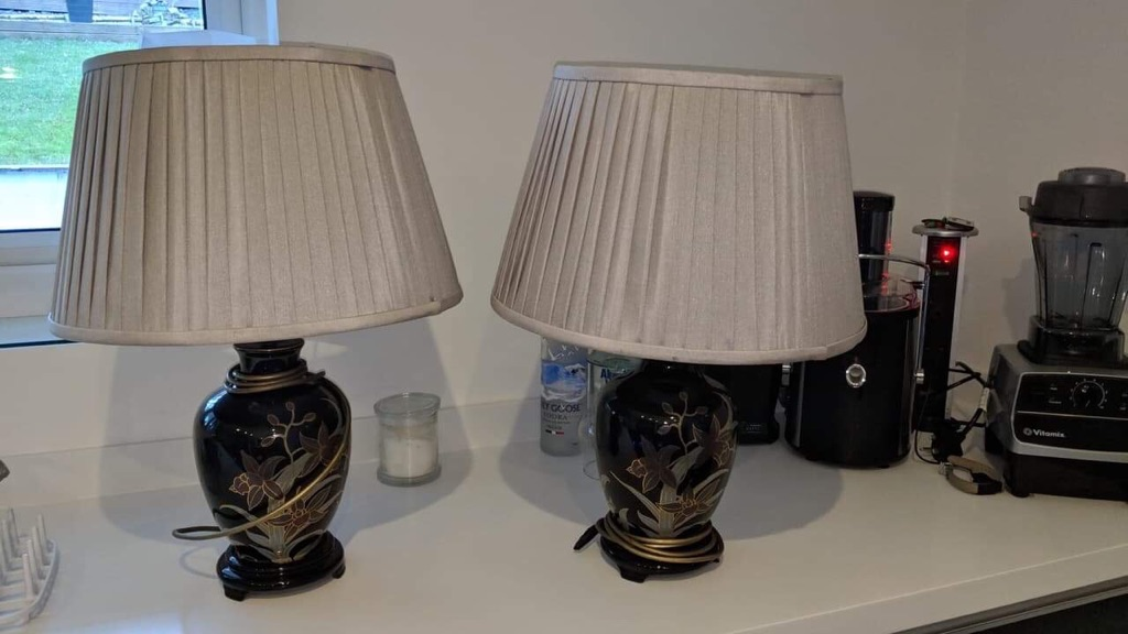 Twin set vintage lamps
