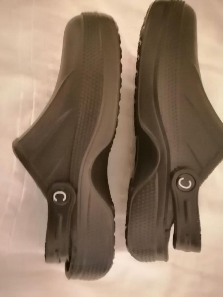 Unisex Slip On Utlity Shoes Crocs Style Lightweight Uk Size 6