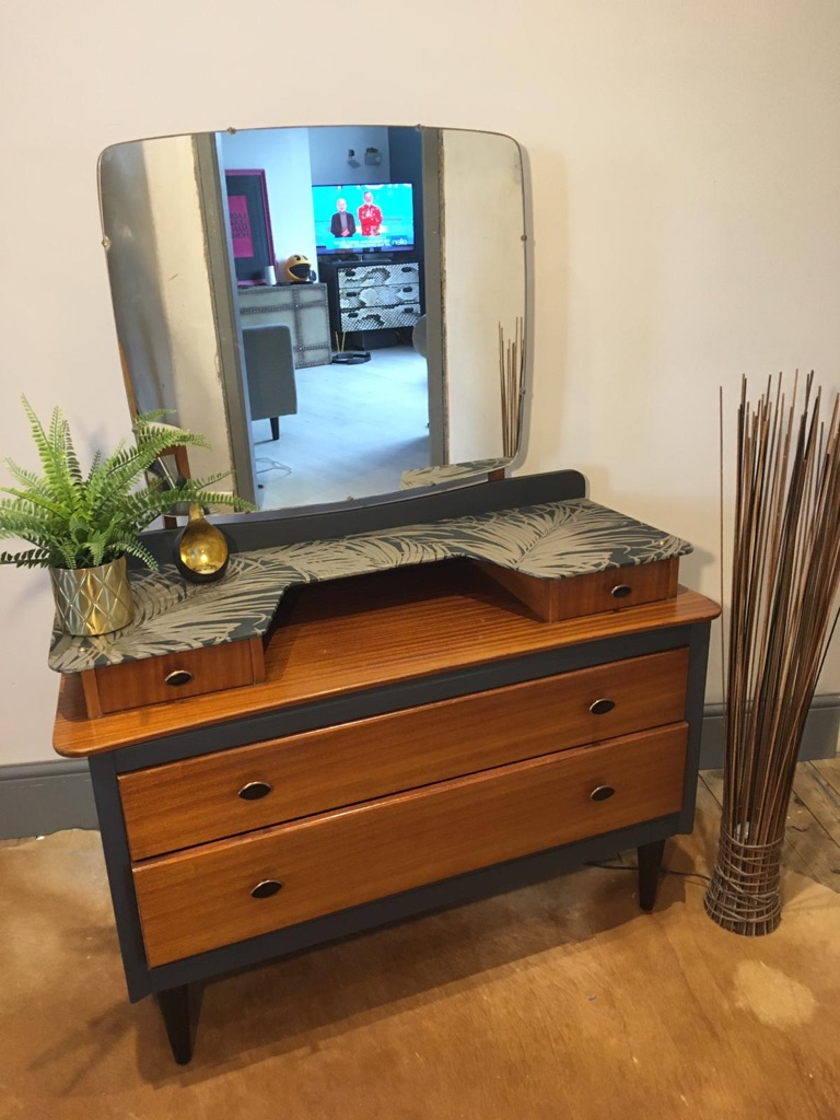 Vintage hand painted & decoupaged 4 drawer vanity dressing table