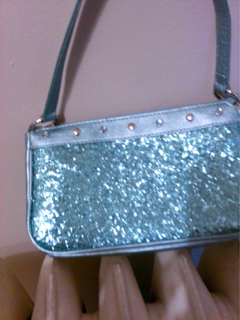 Woman's glitter purse