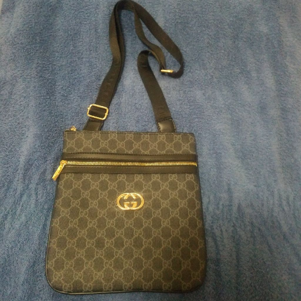 Grey Gucci Purse